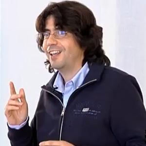 Miguel Abril durante los ensayos