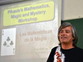 Juan Carlos Ruiz de Arcaute, el mago. Foto: Izaskun Lekuona
