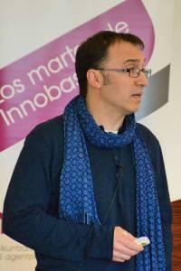 Raúl Ibáñez en un momento de su disertación. Foto: © Izaskun Lekuona