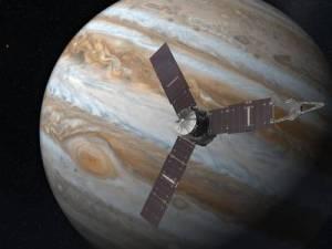 JUNO sobrevuela Júpiter. Imagen artística. Image Credit: NASA/JPL-Caltech